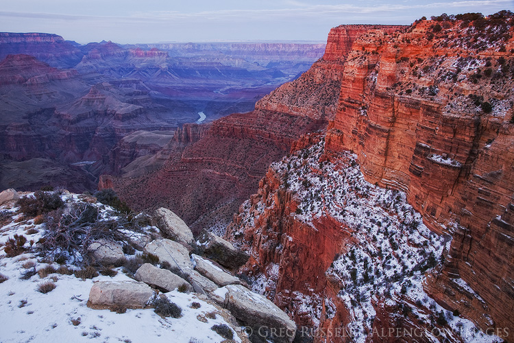 A winter evening at the south rim of the Grand Canyon